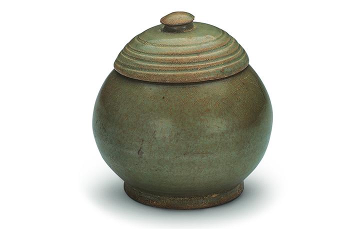 五代青瓷盖罐
